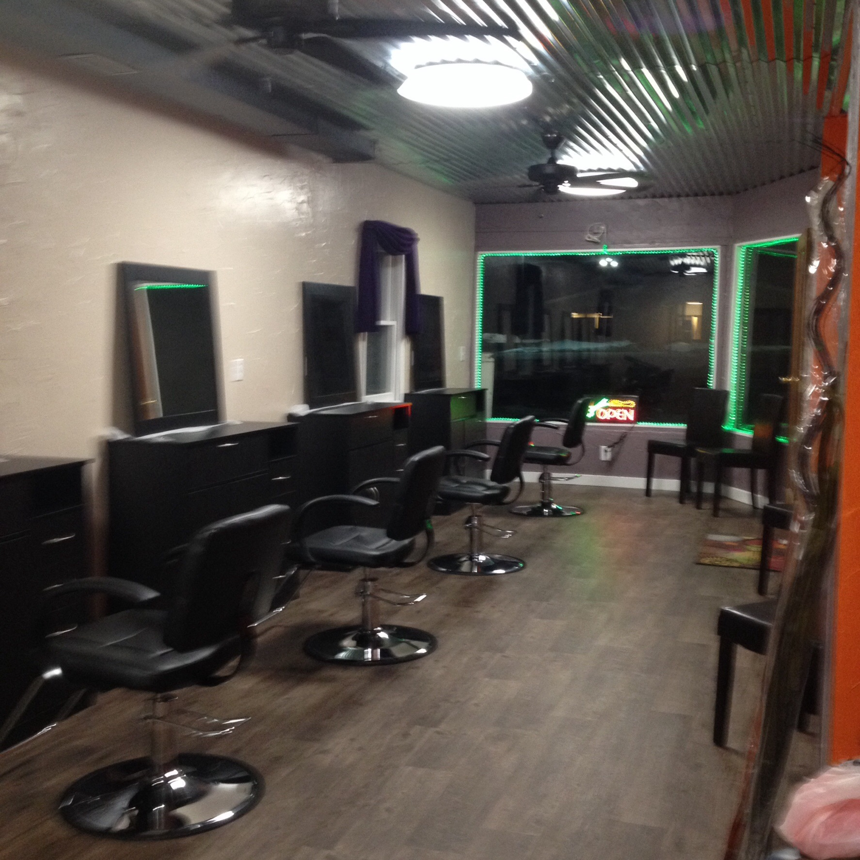 Shades Hair Salon has Nails Stations & Booth Rentals (Fairhaven, MI ...