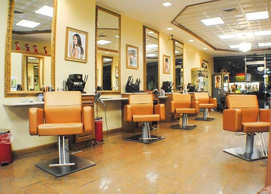 Salon Chair/Booth Rental/ Nail Station/Commission (Brooklyn, NY)